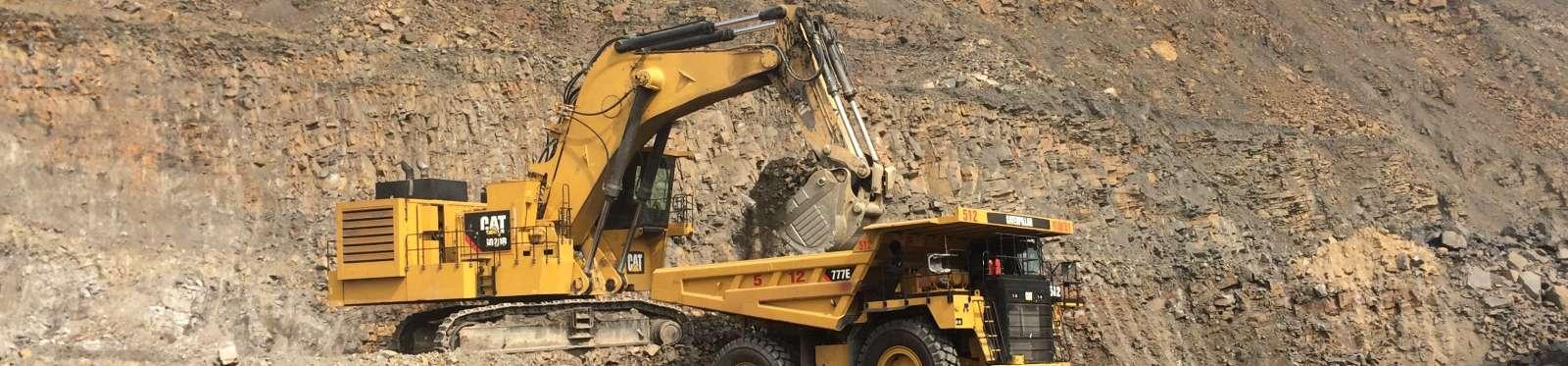 Máy xúc đào khai mỏ Cat